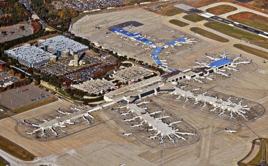 Charlotte_Douglas International Airport