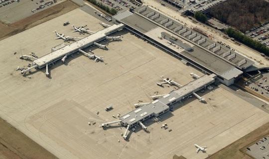 Greensboro Piedmont Triad International Airport 01