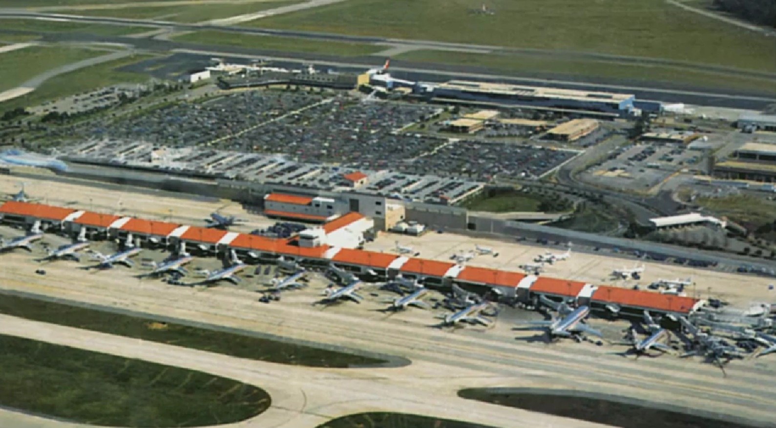 West Palm Beach Airport American Airlines Terminal