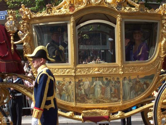 Queen Beatrix in Carriage depicting enslaved Africans 03