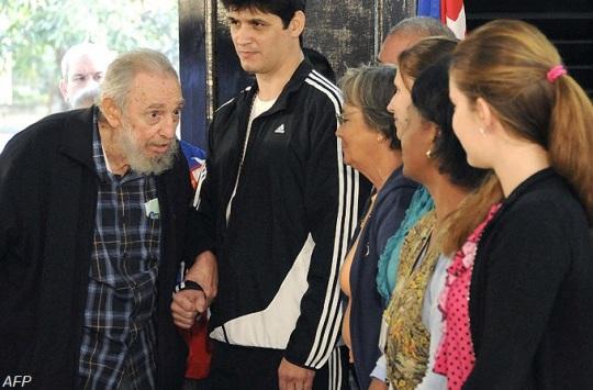 Fidel Castro cast his vote in 2013