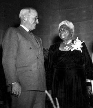 Mary McLeod Bethune with President Harry Truman