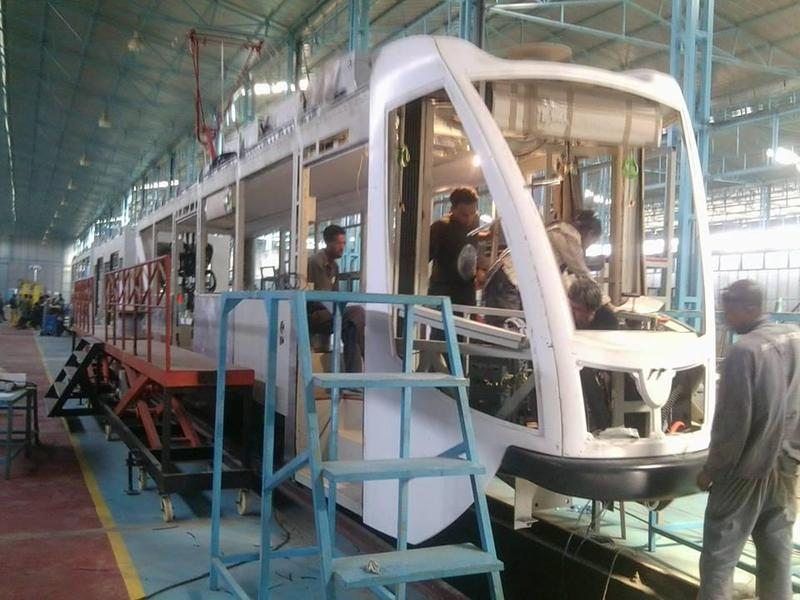 http://dilemmaxdotnet.files.wordpress.com/2013/06/addis-ababa-light-rail-04.jpg