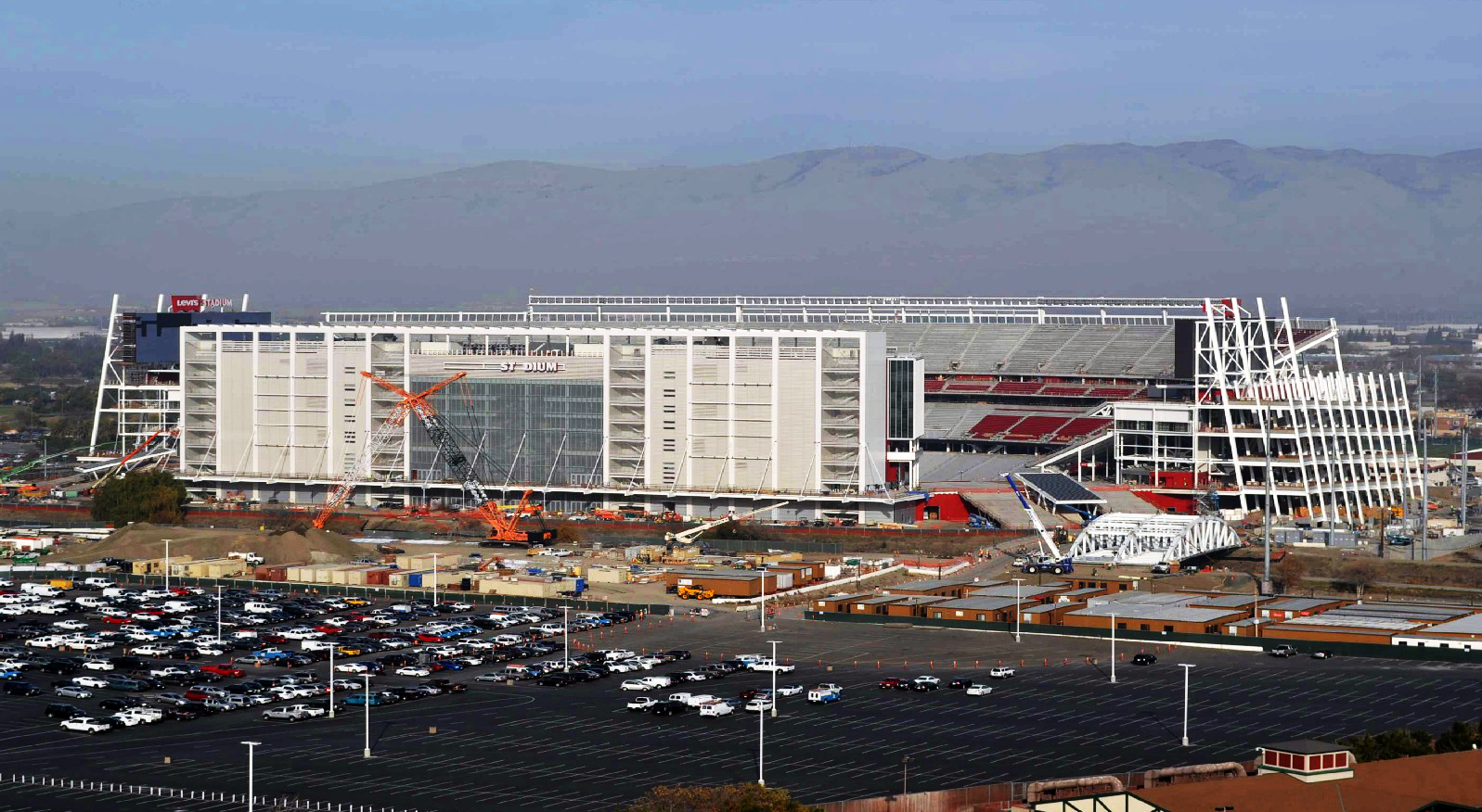 Levi's Stadium- December 2013 views of the new 49ers NFL ...