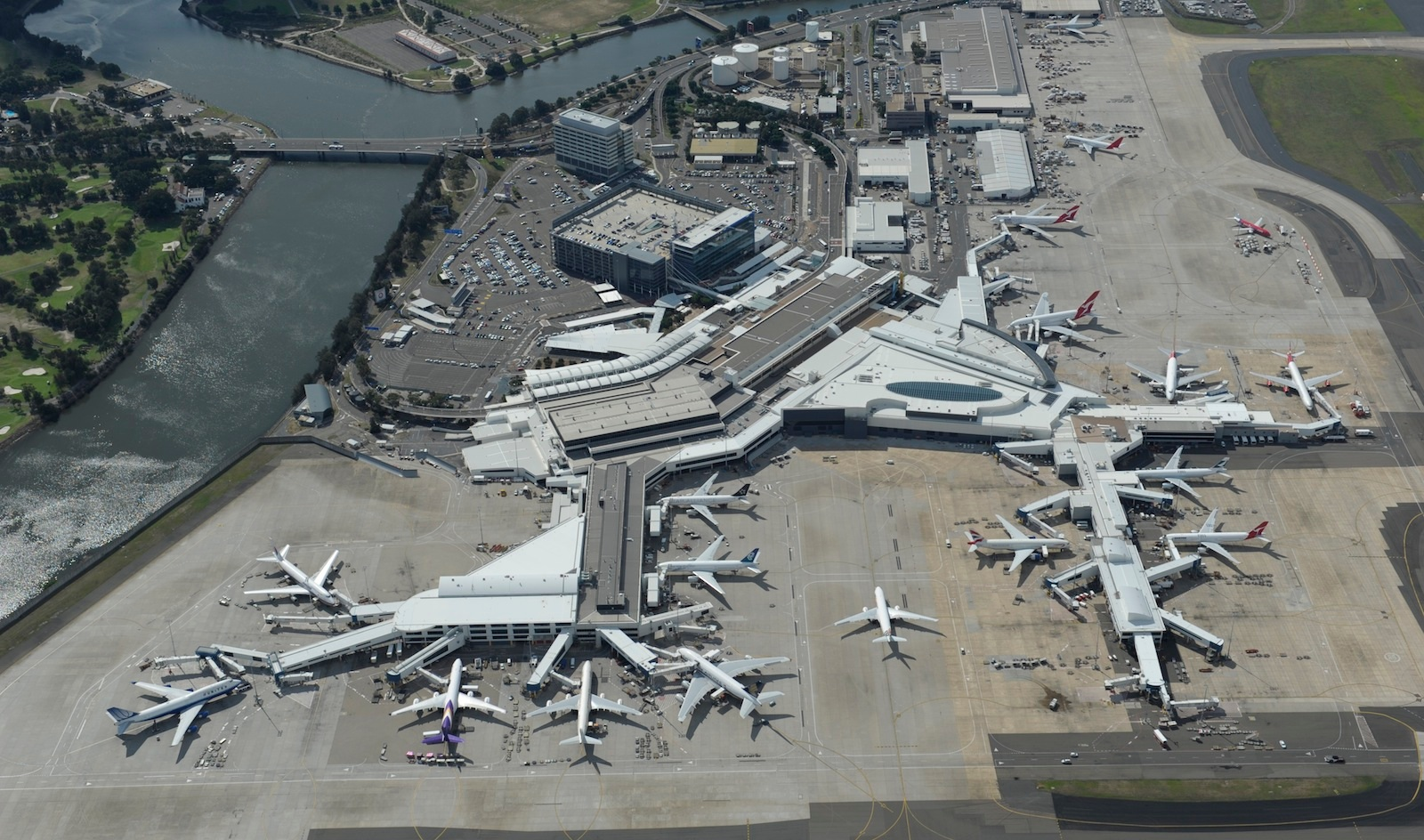 Australia: Sydney Airport master plan for terminals ...