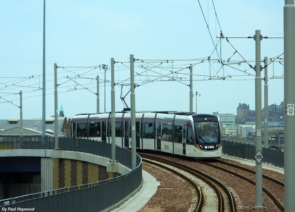 the edinburgh tram system failures Organization: city of edinburgh council project type : public transit - tram  network  figure 1 – edinburgh tram routes (proposed and actual.