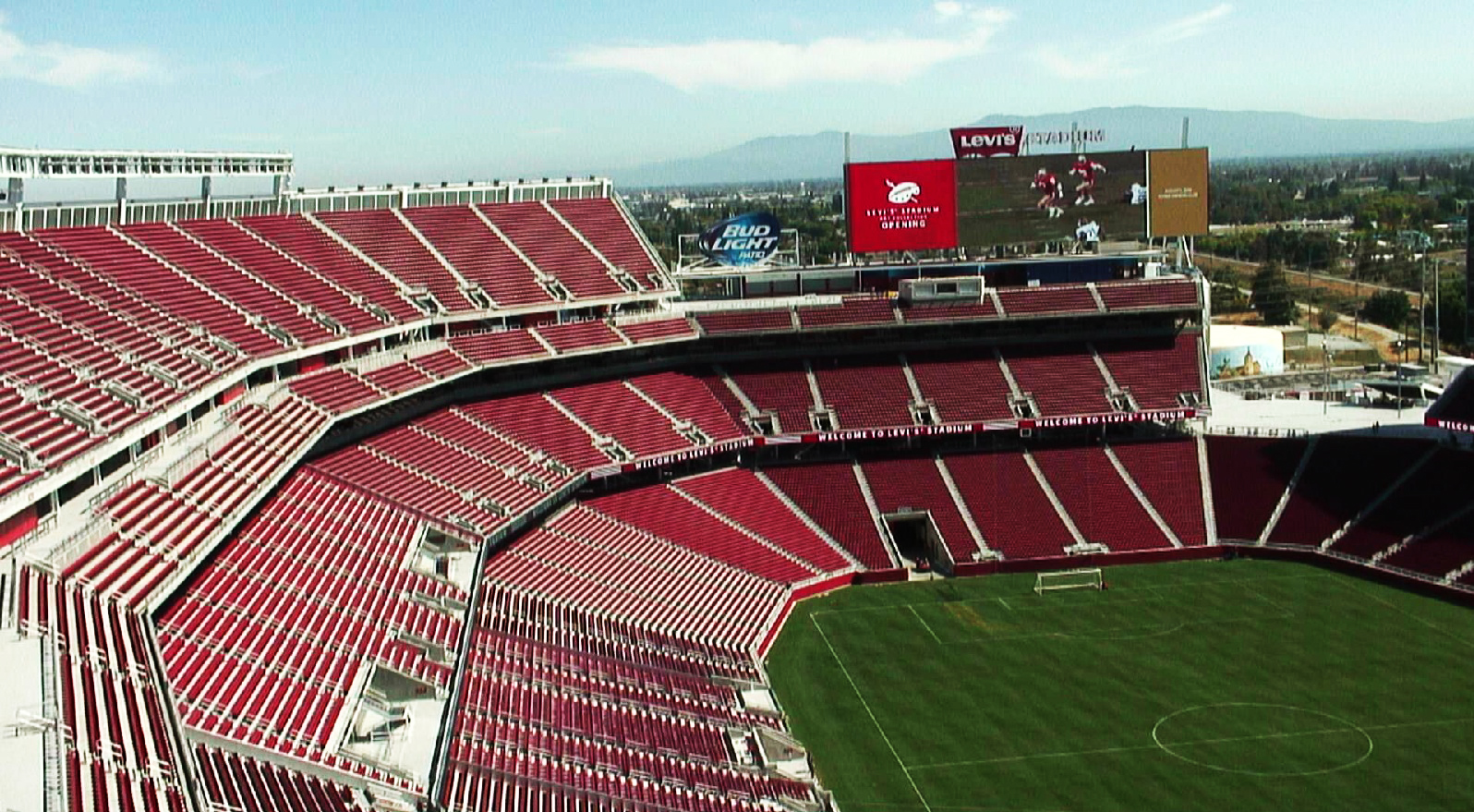 Nfl 49ers New Levi S Stadium Opens August 2 2014 With