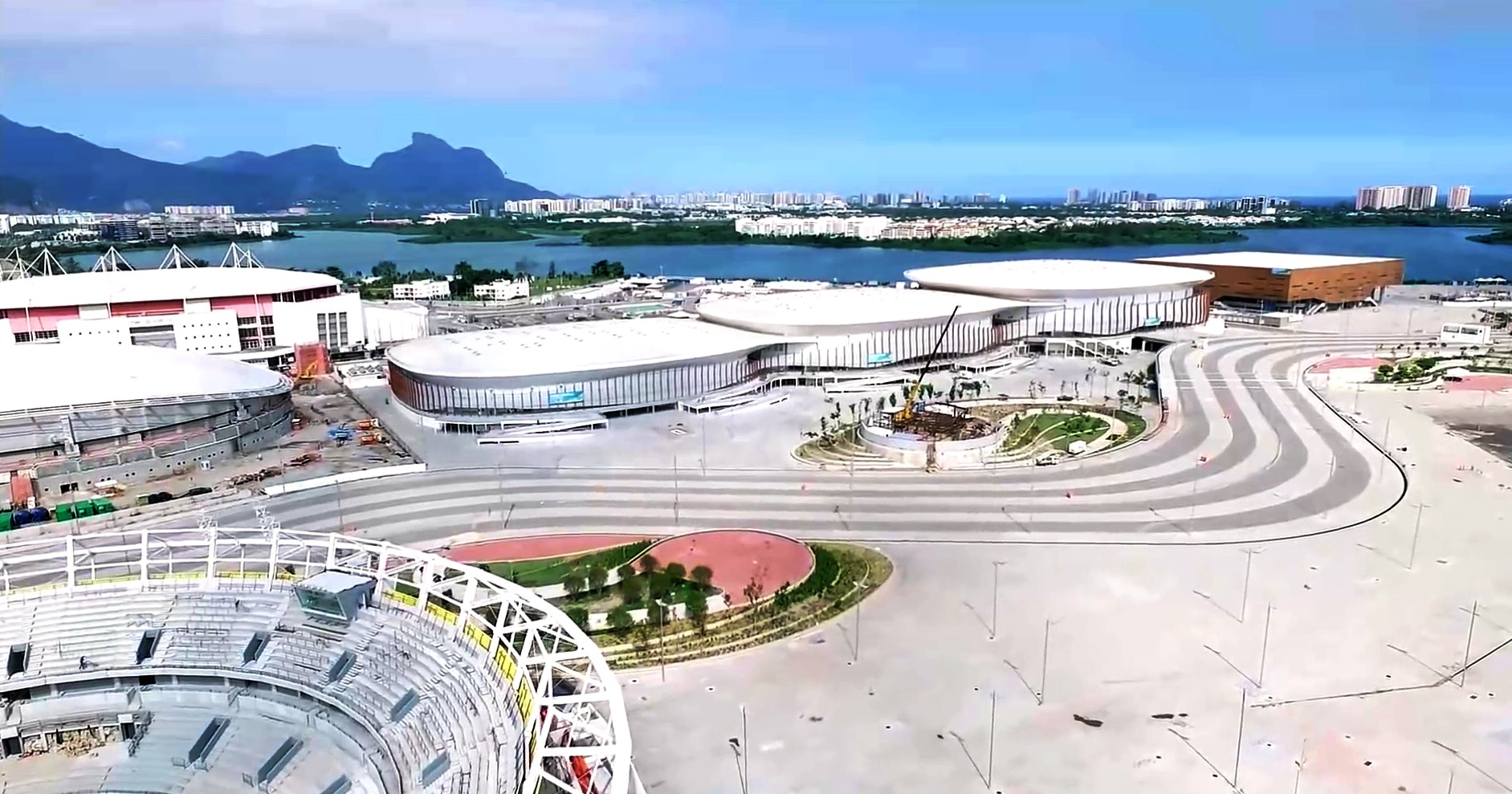 Venues of the 2016 summer olympics rio de janeiro games for Domon olympic city