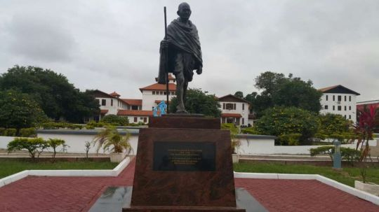 gandhi-statue-the-university-of-ghana