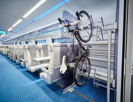 brightline-train-car-interior-3