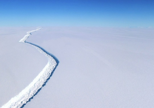 iceberg-to-break-off-from-antarctica-larsen-c